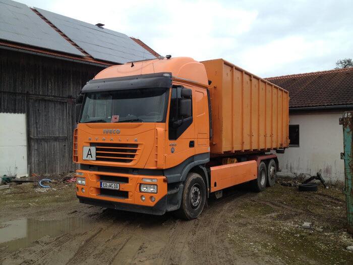 Fahrzeug Containerdienst