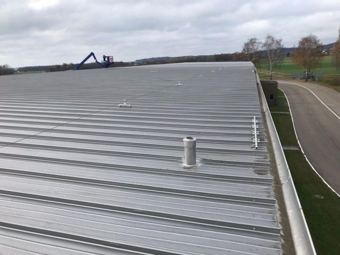 Dachreinigung von Industriedächern